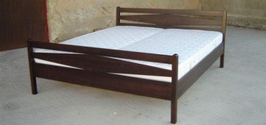 Masivne lesene postelje
