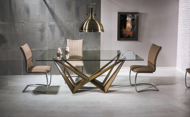 Kuhinjski stoli in miza