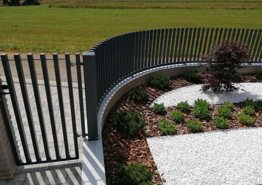 nerjaveče moderne zunanje ograje