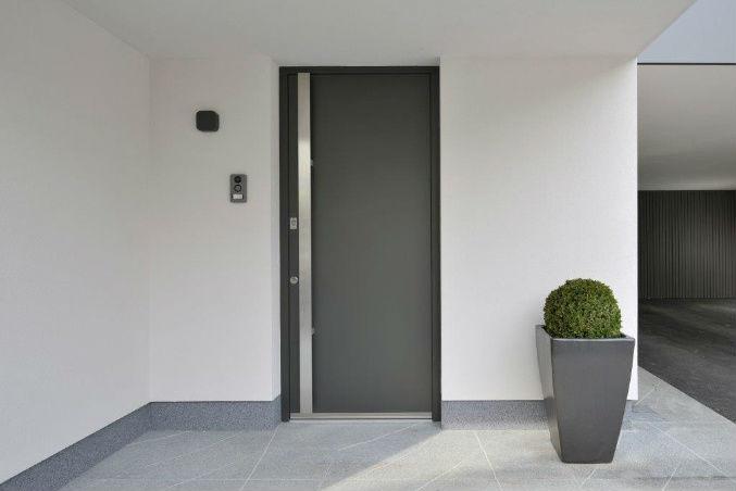 Lična vhodna vrata