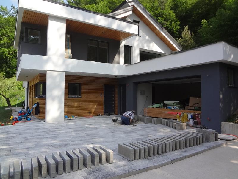 Polaganje betonskih plošč