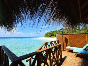 Sončni dnevi na Maldivih